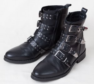 Short Boots black-silver-colored leather