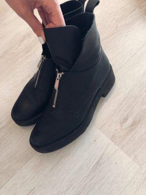Boots mit Zippdetail