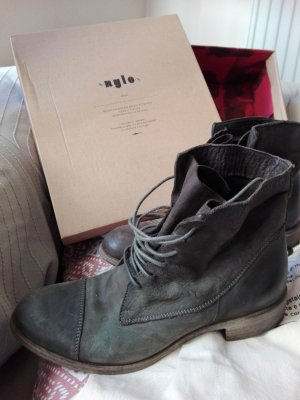 Boots Modell JUNE von NYLO made in Italy Gr. 37