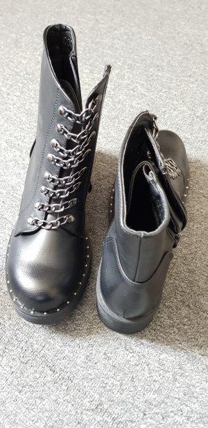 Boots - neu und ungetragen
