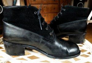 Boots Schuhe im Materialmix von Lavorazione Artigiana