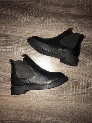Boots schwarz Stiefel Stiefeletten Leder neu