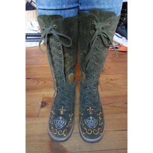 boots von bridget shuster
