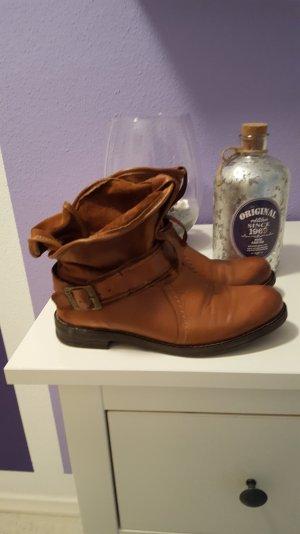 boots von buffalo in Cognac