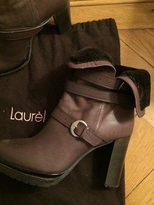 Boots von Laurel