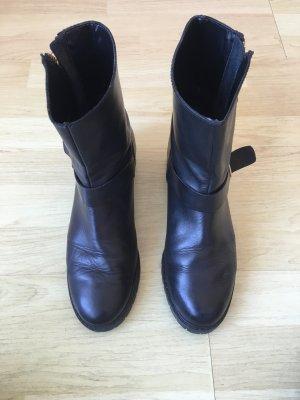 Boots von Zara, schwarz, Gr. 40