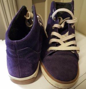 Boots, Wildleder, violett, flauschiger Innenteil, Gr. 40 (passen auch Gr. 41)