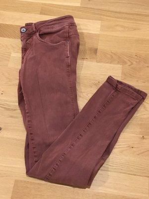 Bordeaux-rote Slim-Jeans