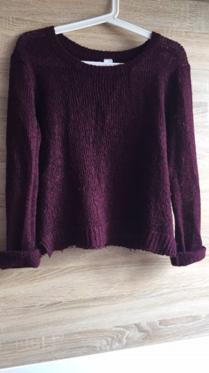 bordeaux roter Strickpullover