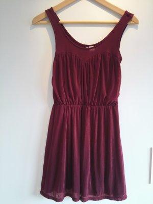 Bordeaux-Rotes Kleid