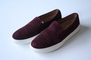 Bordeauxrote Slipper Sneaker