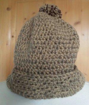 Boshi Mütze in braun/beige Tönen