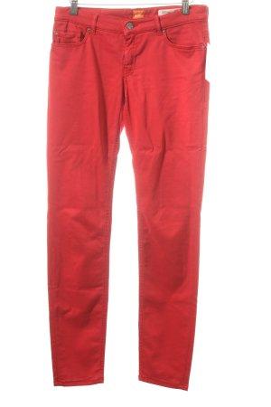 Boss Orange Slim Jeans rot sportlicher Stil