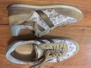 BOSS Orange Sneakers in Gr. 39