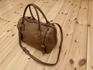Coccinelle Bowling Bag beige leather