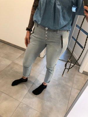 Soccx Pantalon boyfriend blanc-bleu azur