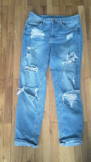 boyfriend jeans H&M destroyed