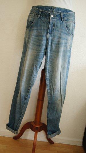 Boyfriend Jeans hellblau