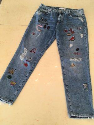 Boyfriend Jeans mit Patches