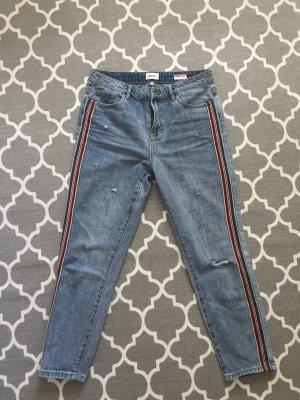 Boyfriend Jeans mit Stripes