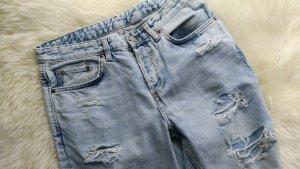 Boyfriend, Low-Waist, Destroyed Jeans in Hellblau 26-32