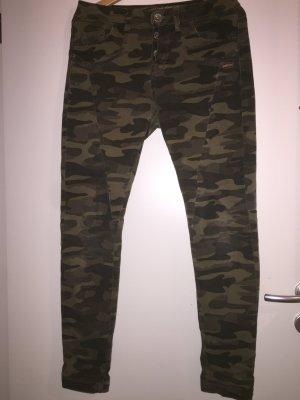 Boyfriend Militär Jeans