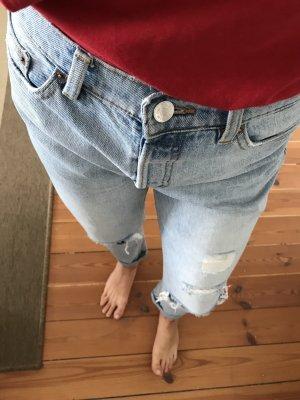 Boyfriend ripped jeans von monki