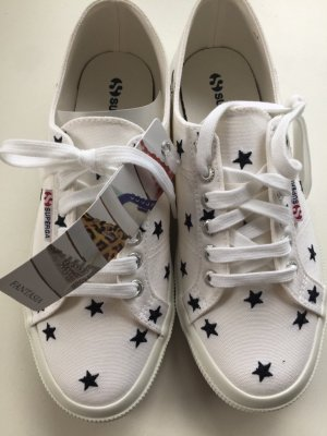 bradneue superga Sneakers, Gr.39 mit süßen Sternchen