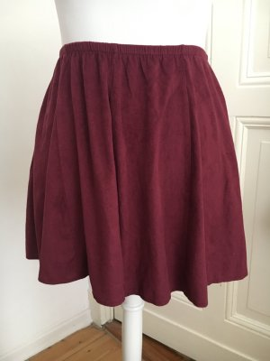 Brandy Melville Minirock in Bordeaux Rot