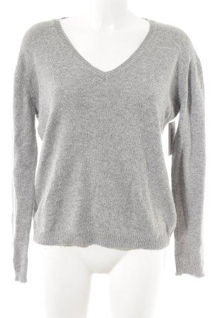 Brandy & Melville V-Ausschnitt-Pullover hellgrau Casual-Look
