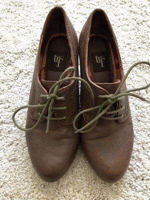 braue Kunstleder Highheels in Boots Optik