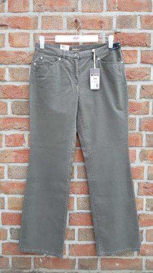 Braun-Khaki farbende Jeans mit Straightcut und Strech
