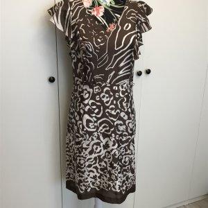 Braun weiß gemustertes Kleid