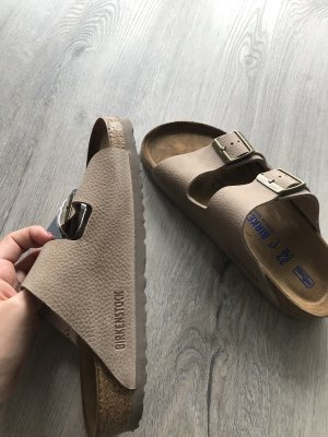 Braune Birkenstock Sandalen