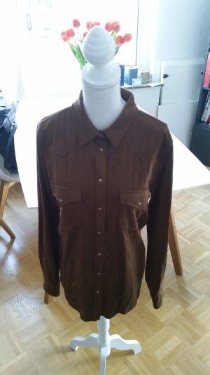 Braune Bluse im Wildleder-Look von Mango