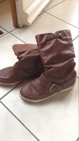 Braune Boots Stiefel Stiefeletten wasserabweisend Kunstleder braun