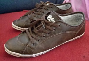 Braune Buffalo Sneaker aus Leder