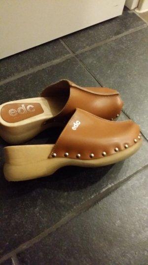 Braune Clogs von EDC in der Größe 35-36