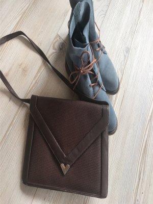 Bolso tipo pochette marrón