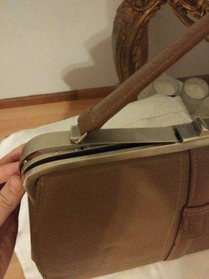 braune /cognacfarbene Handtasche echt Leder