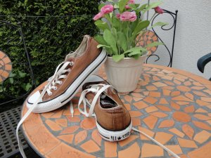 Braune Converse All Star in Gr. 37