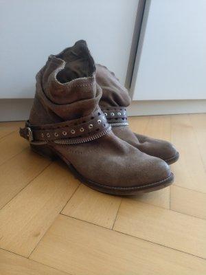 braune Cowboy Stiefeletten Gr. 39 Marco Tozzi