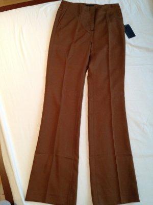 Braune, feste Stoffhose mit Bundfalte, neu, Gr. M (40)