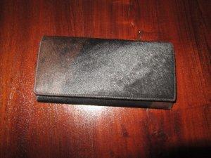 Braune Geldbörse aus echten Fell
