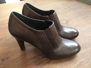 Naturalizer Botas deslizantes marrón Cuero