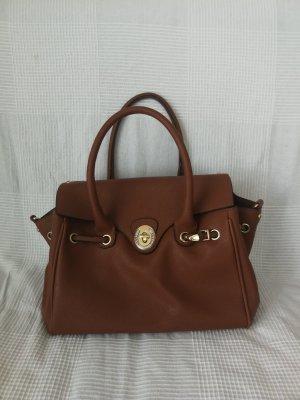 Braune Handtasche (mit Schulterriemen)