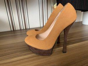 Braune Heels