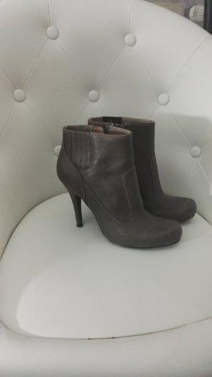 Braune High Heel Stiefletten