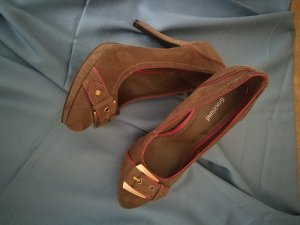 Braune High Heels