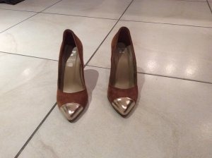Braune High Heels mit goldener Spitze von Görtz 17